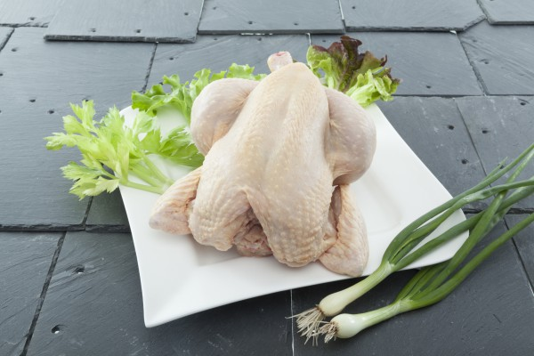 Hähnchen frisch, ganz, ca. 1,5kg